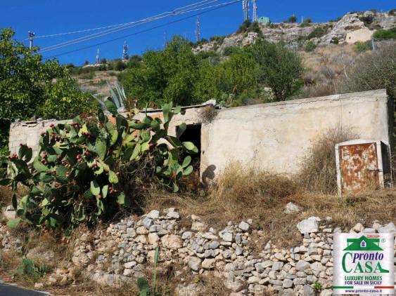 Pronto Casa: CASE CO VISTA SUL CENTRO STORICO DI SCICLI in Vendita a Scicli Foto 4