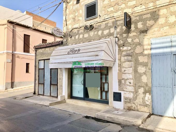 Pronto Casa: Locale Commerciale uso Bar a Santa Croce in Vendita a Santa Croce Camerina Foto 1