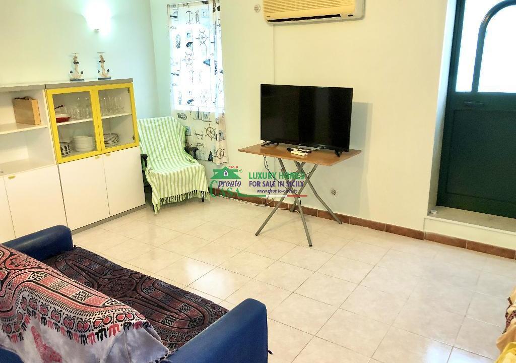 Pronto Casa: 2 Appartamenti in Villa con Piscina in Affitto a Marina di Ragusa Foto 4