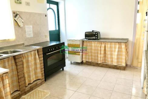 Pronto Casa: 2 Appartamenti in Villa con Piscina in Affitto a Marina di Ragusa Foto 5