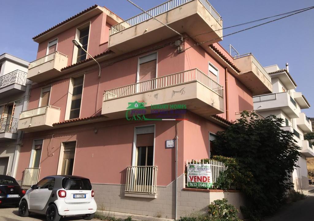 Pronto Casa: CASA SINGOLA AD ANGOLO in Vendita a Comiso Foto 1