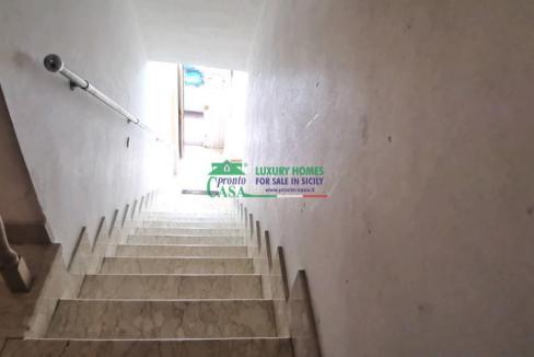 Pronto Casa: APPARTAMENTO IDEALE PER INVESTIMENTO ZONA VIA ARCHIMEDE in Vendita a Ragusa Foto 7