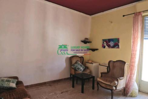 Pronto Casa: APPARTAMENTO IDEALE PER INVESTIMENTO ZONA VIA ARCHIMEDE in Vendita a Ragusa Foto 1