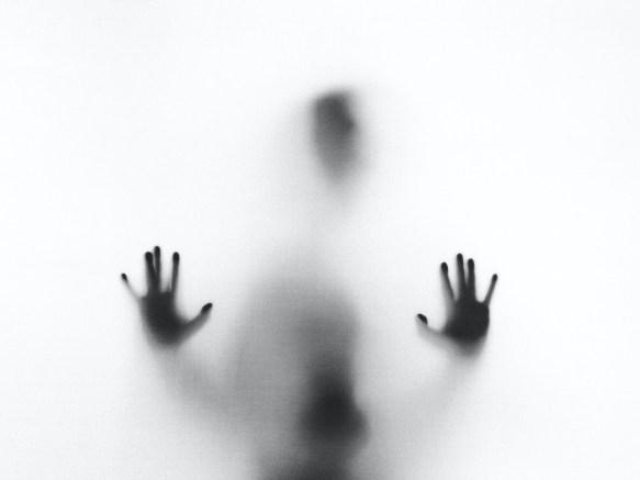Το «σκοτεινό» έγκλημα του βιασμού και η σπουδαιότητα του να «σπάσει» η σιωπή
