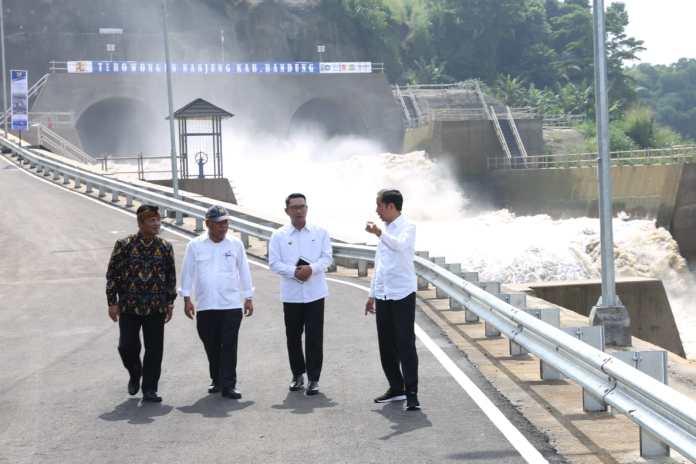 Terowongan Nanjung diresmikan Jokowi (1)