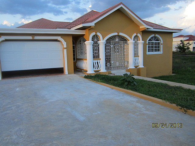 House For Leaserental in Santa Cruz St Elizabeth