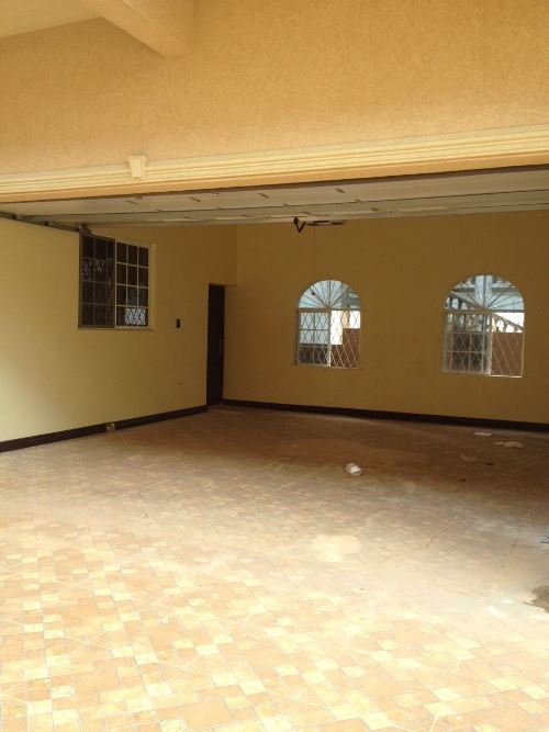 Apartment For Leaserental in Mandeville Manchester