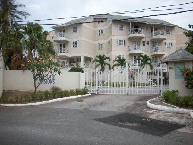 Apartment For Sale in Waterloo Road Kingston  St Andrew