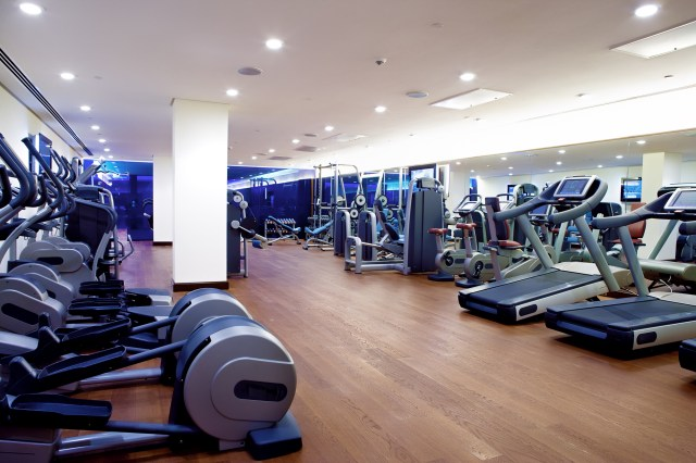 Fitness Centers WIth Nice Machines Are Great Office Building Amenities