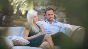 Fleur and Jordan relaxing at Annandale in Episode 18 of The Bachelor NZ.