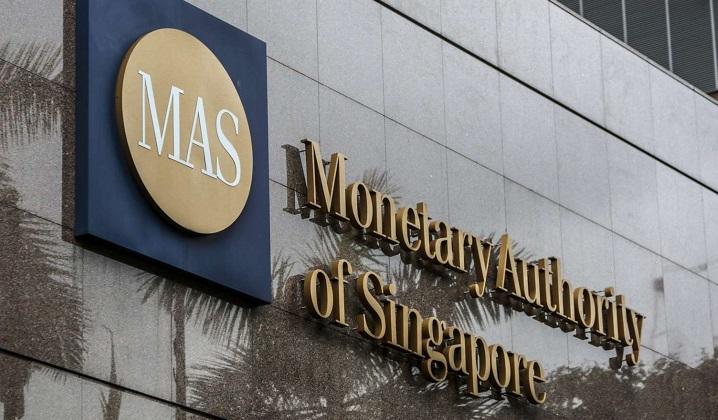 MAS makes commentators look foolish again