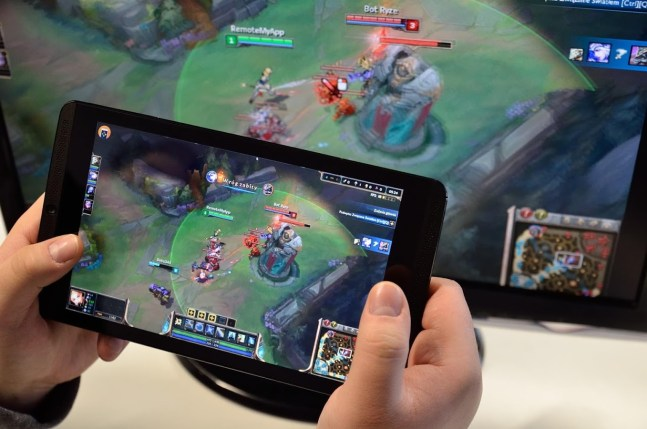 Play your favorite PC games on your mobile!