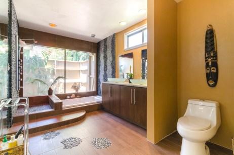 Wasim Muklashy Real Estate Photography_Airbnb_Woodland Hills_California_ _1WM4710-Edit