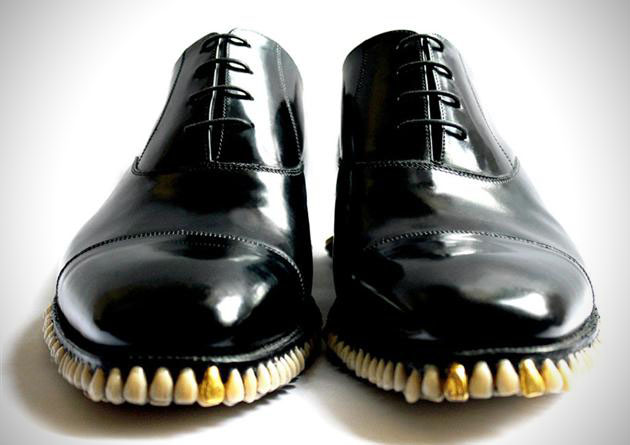 horror-shoes-tooth-sole-4