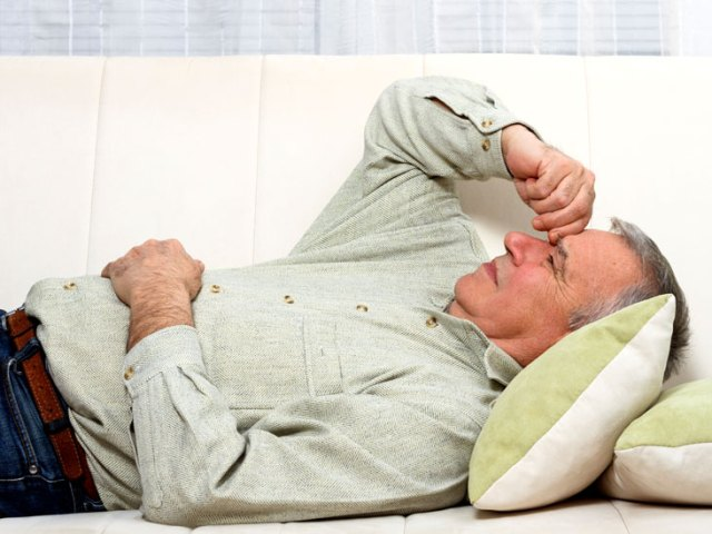 Man suffering from acute bacterial prostatitis
