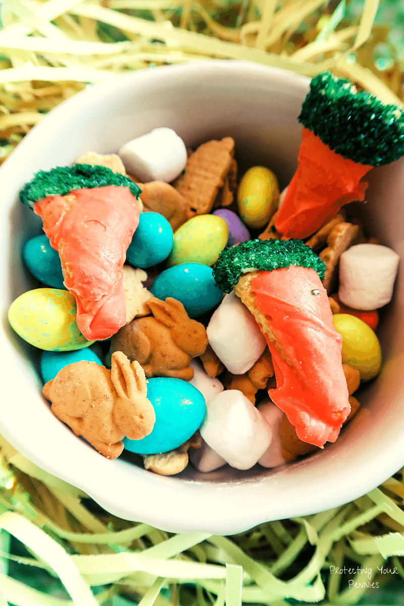 Simple Easter Bunny and Carrot Snack Mix