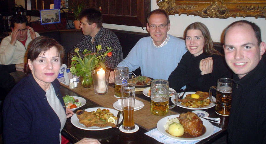 Modales en la mesa en Alemania  Protocolo  Etiqueta