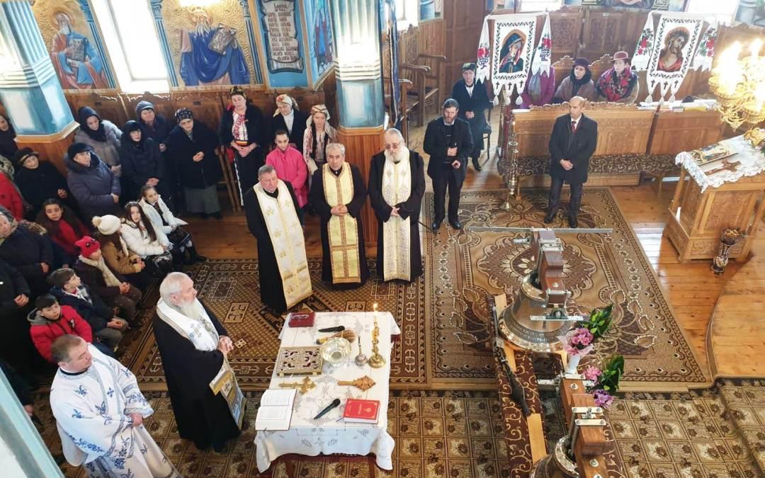Sfințire de clopote la Gârbău
