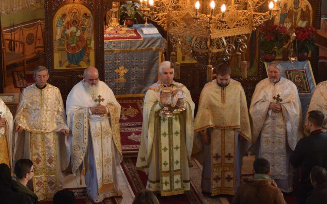 Hram la Catedrala Moților