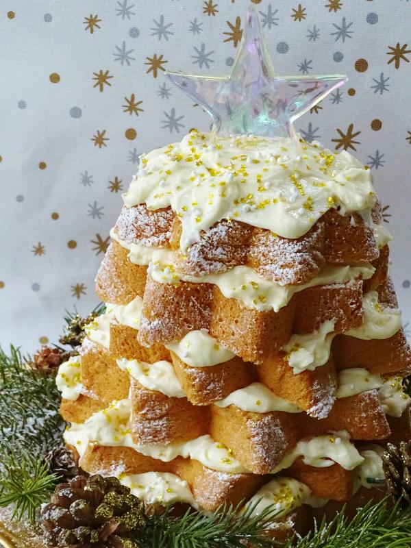 Italian Christmas Tree Cake with Lemon Curd and Limoncello