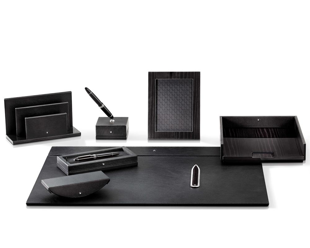 Handgefertigte lederkreationen von montblanc f r ein for Schreibtisch accessoires design