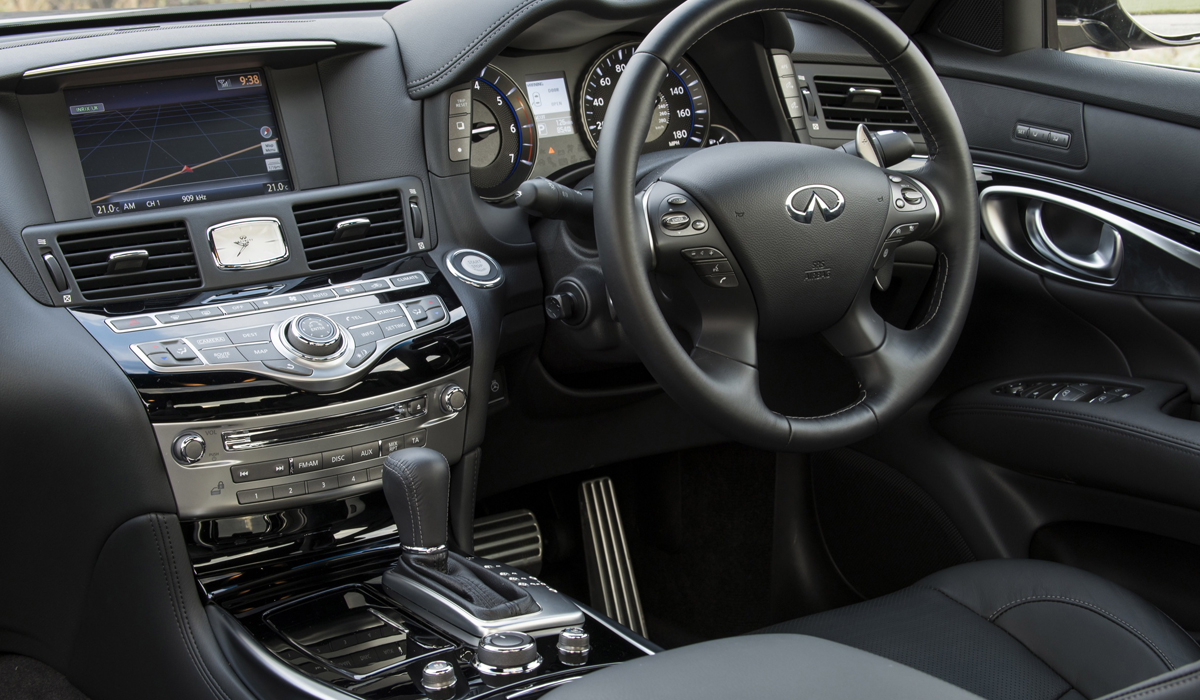 infiniti_q70_infiniti-q70_limousine_premium_luxus_neu_diesel_hybrid_innenraum