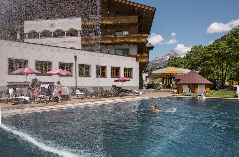 Freibad im Hotel Alpenhof©Fotodesign David