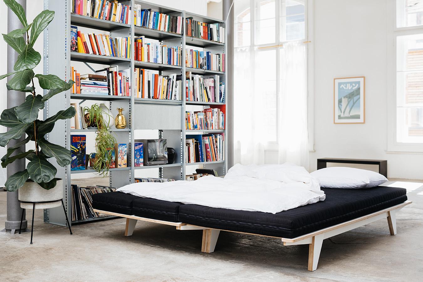 die neuheit von seledue ist sowohl designer sofa wie auch doppelbett. Black Bedroom Furniture Sets. Home Design Ideas