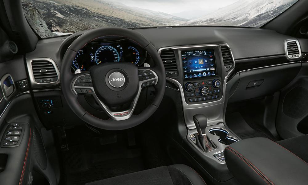 jeep modelle jahrgang 2017 modelljahr modelljahr-2017 4x4 offroad suv geländewagen neuheit neuheiten version modellpalette premium jeep-grand-cherokee-trail-hawk-innenraum interieur