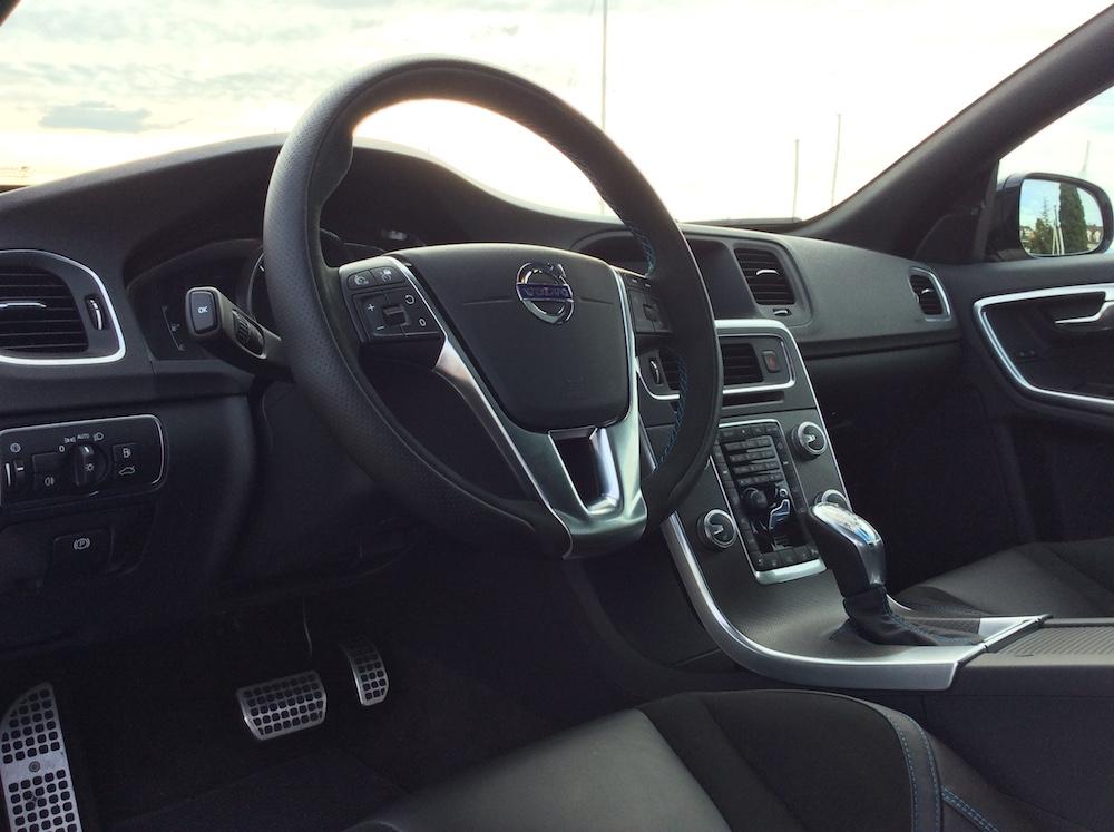 volvo v60 t6 awd polestar modelle modell versionen test autotest kombi innenraum