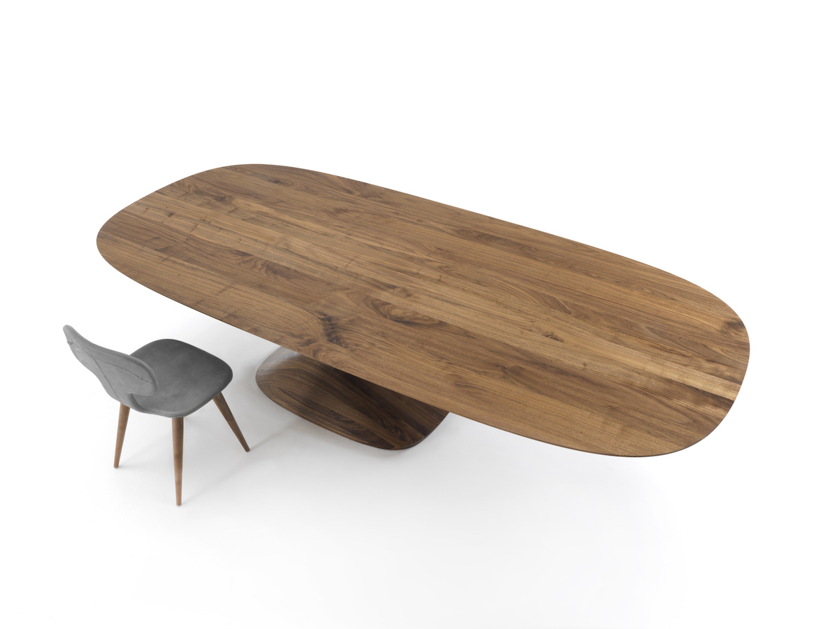 salone del mobile 2017 furniture design desks bookshelfs chairs tables sofas