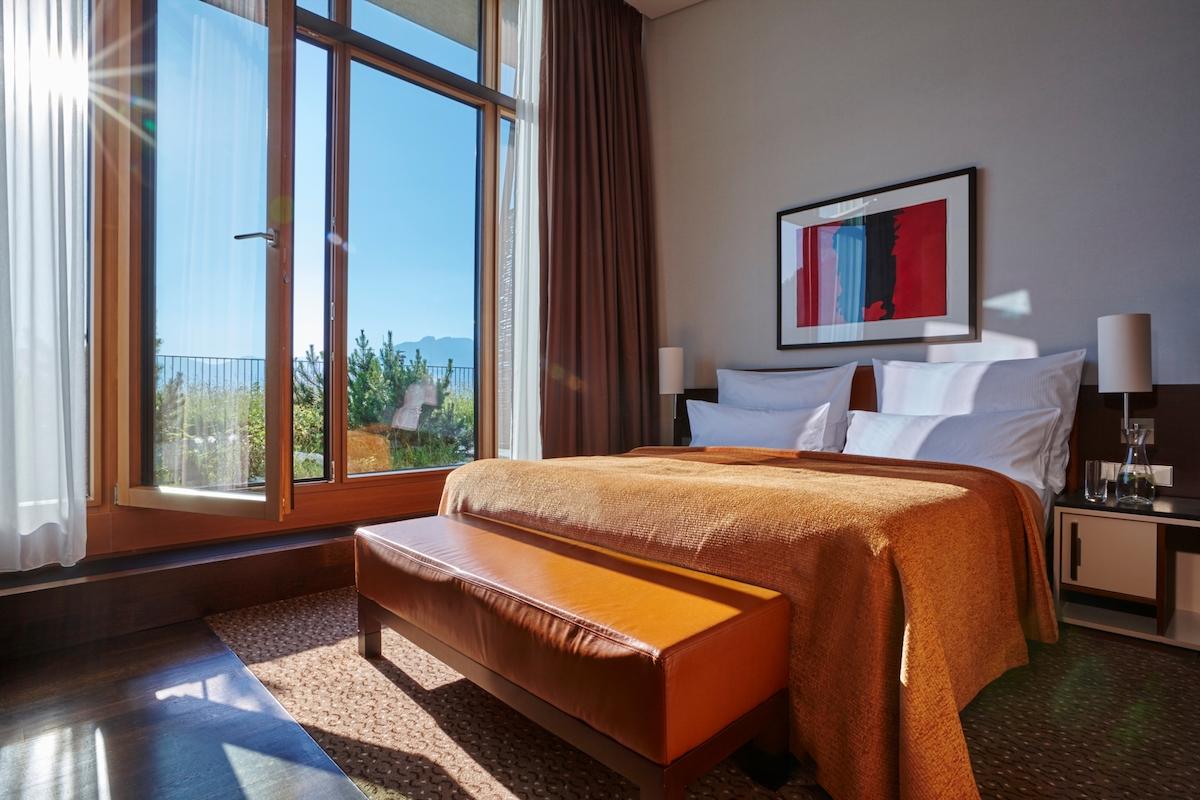 kempinski berchtesgaden luxushotel luxusresort urlaub luxus-urlaub reisen luxurs-reisen sommer winter suiten zimmer