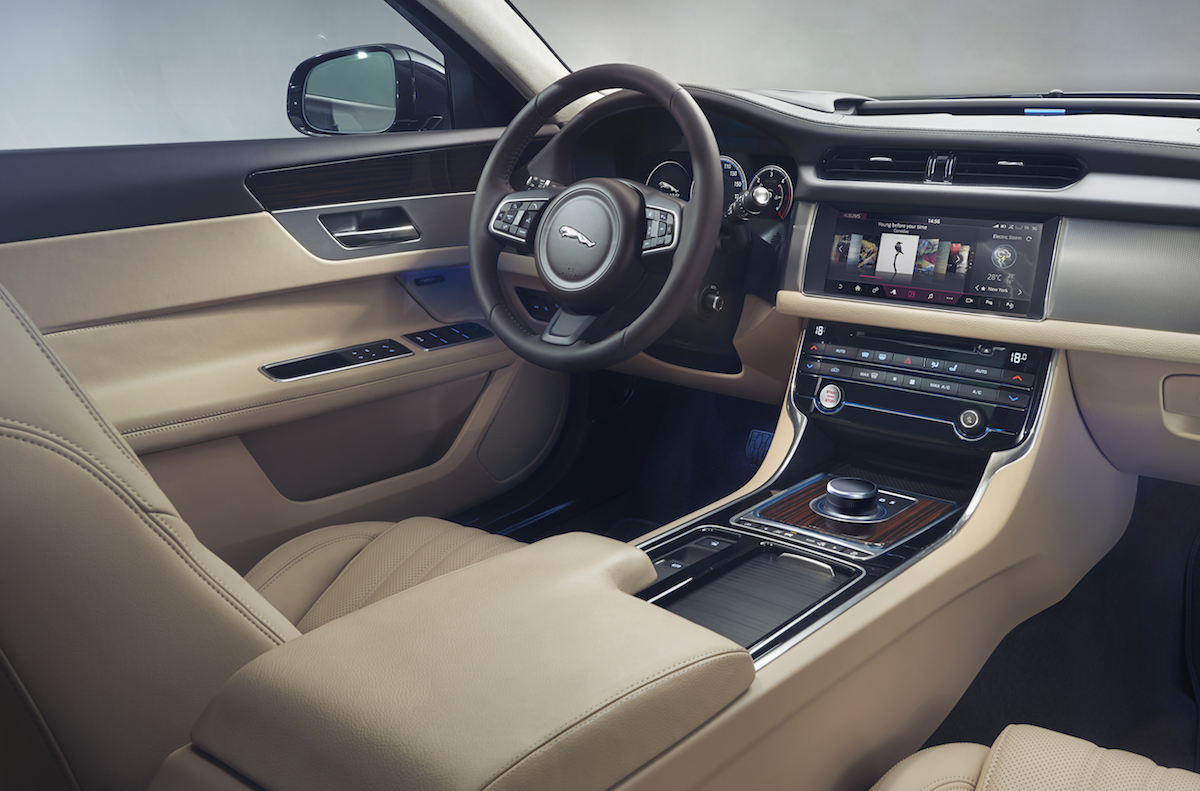 new jaguar xf sportbrake models saloon premium supercharged cabin safety space sporty cabin interior