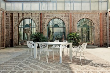 outdoor indoor indoors furniture design company brand manufacturer italian italy design
