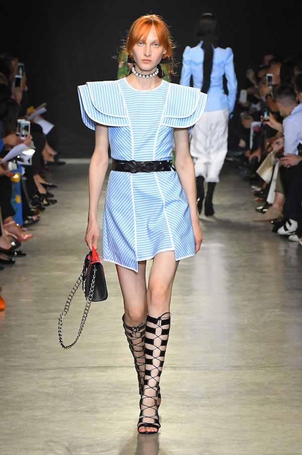damenmode modetrends mode trends damen haute couture pret-a-porter kleidung bekleidung luxus frankreich designermode