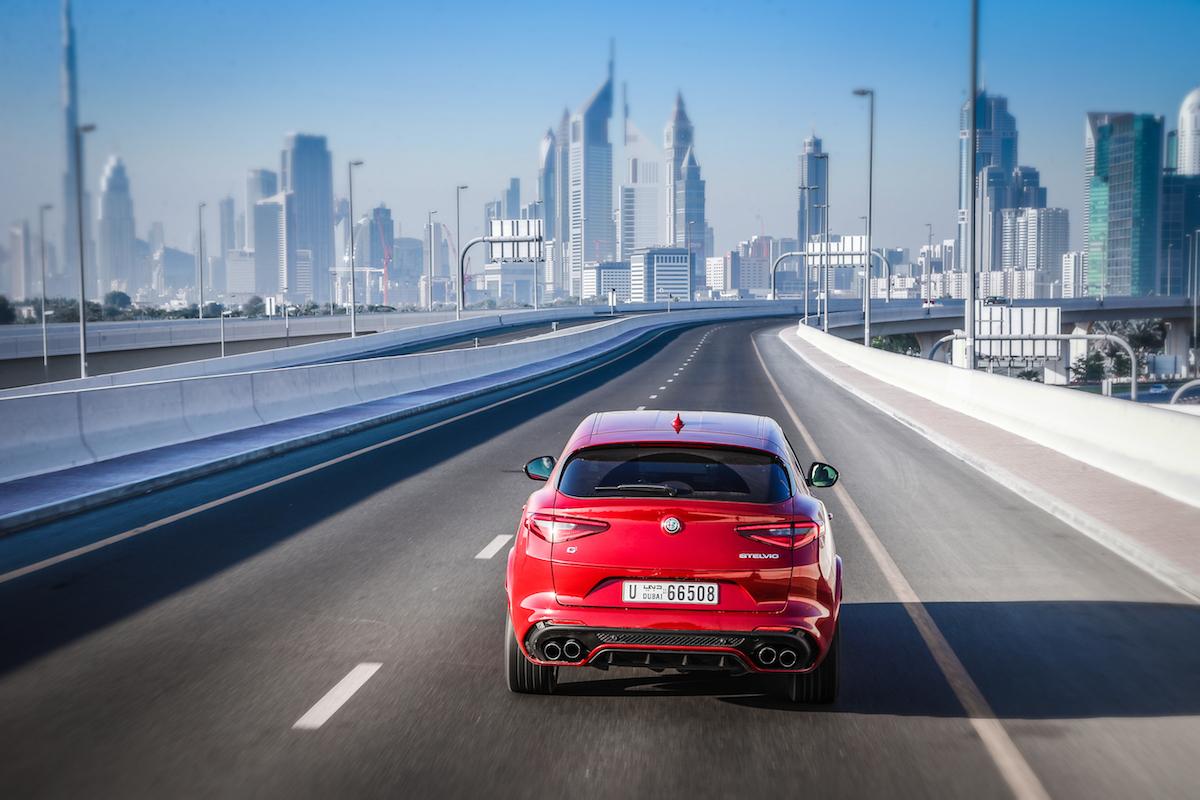alfa romeo stelvio quadrifoglio suv sport utility vehicle geländewagen allradantrieb modelle neuheiten neu premium luxus preise