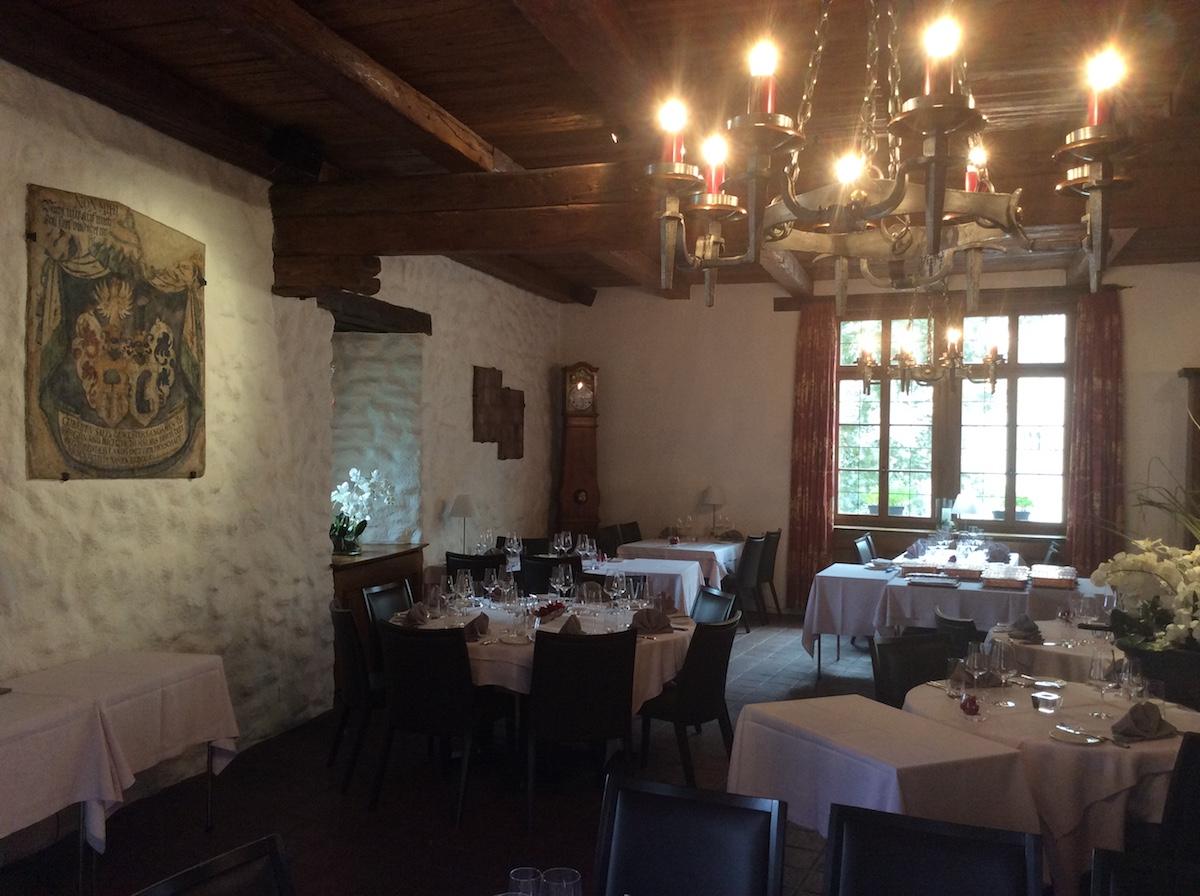 schloss brandis maienfeld graubünden schweiz schlösser burgen gourmet restaurants kulinarik weine gerichte küche geschichte geschichte