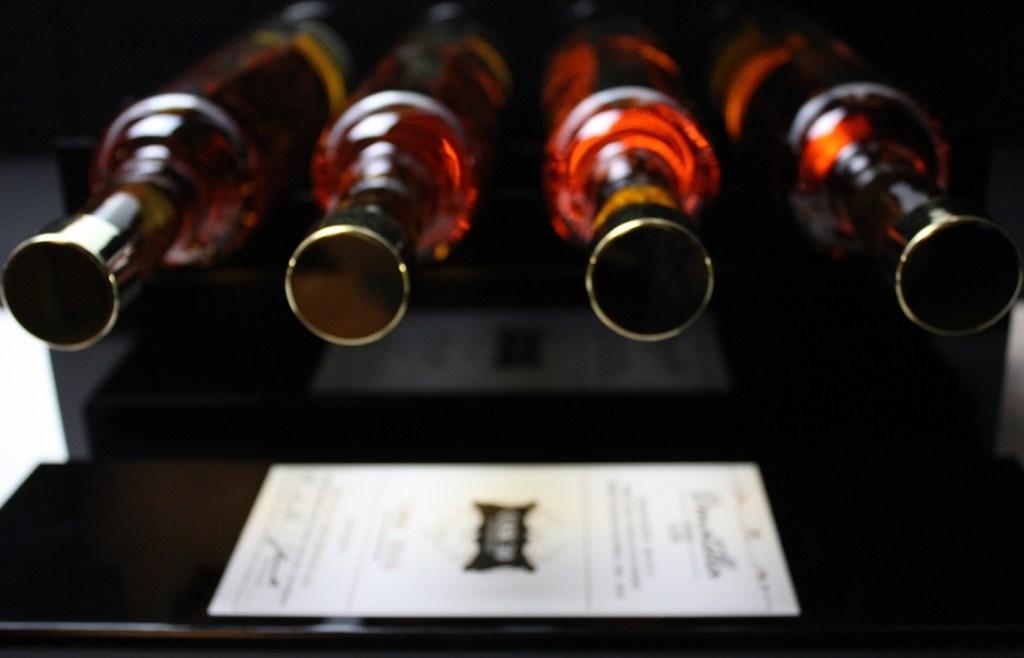 Donatella Whisky Flaschen - Cask 50 Edition