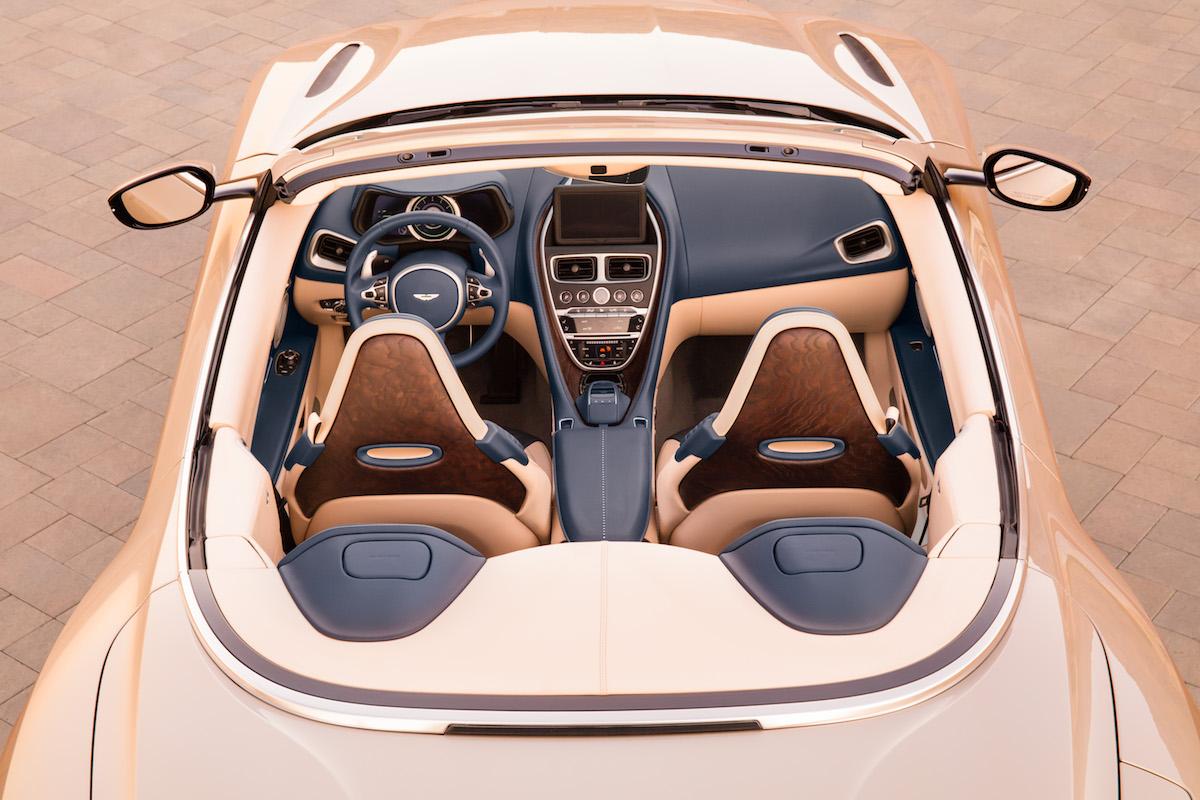 aston martin db 11 volante cabrio cabriolet neue modelle preise deutschland schweiz cockpit