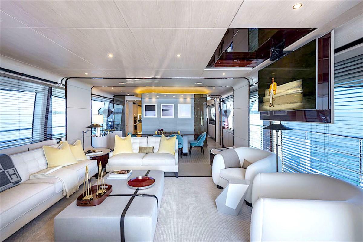 Enjoy life on a beautiful Azimut yacht!