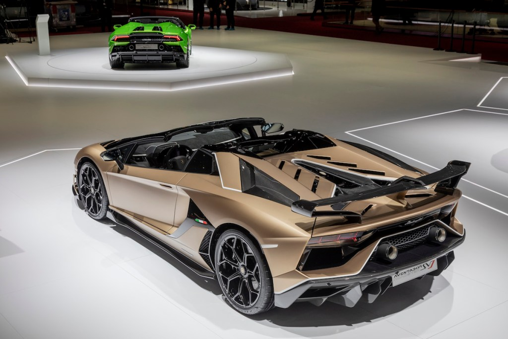 lamborghini aventador svj roadster new model models convertible open top geneva motor show 2019 highlights sideview
