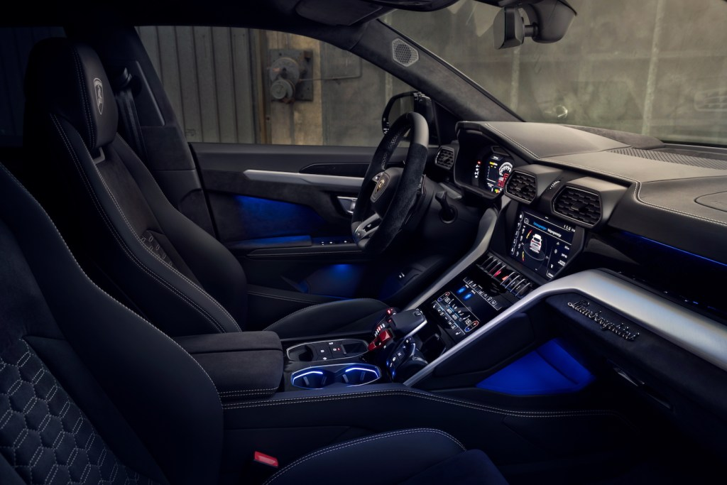 lamborghini urus novitec esteso suv widebody kit tuning performance enhancement cockpit