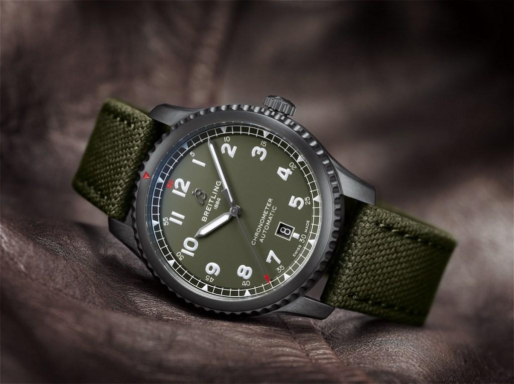 breitling aviator chronographen herrenuhren luxusuhren schweiz hersteller fliegeruhren pilotenuhren edelstahl chronometer