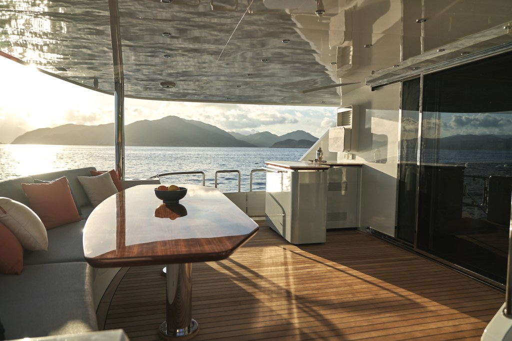 cl yachts yacht luxury motor yacht charter manufacturer brand lifestyle