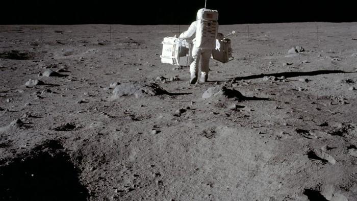 Confira 11 imagens incríveis de astronautas da NASA no espaço