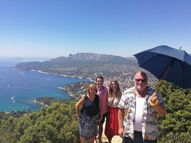 Cassis Provence group 4 people
