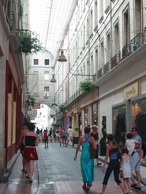 Photo Rue De La Ville De Carpentras