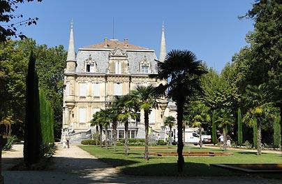 Courthzon Village Du Vaucluse En Provence
