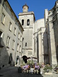 Uzs  Gard  Provence