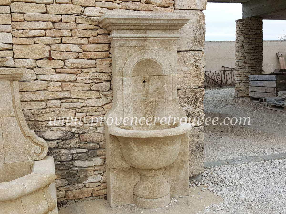 grande fontaine murale pour robinet de
